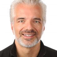 Holger Mueller Headshot